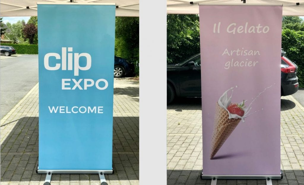stand rollup outdoor